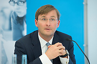 11 JUN 2012, BERLIN/GERMANY:<br /> Dr. Johannes Meier, CEO European Climate Foundation, Pressekonferenz anl. des Arbeitsbeginns des Think-Tanks Agora Energiewende, Projektzentrum Berlin Stiftung Mercator<br /> IMAGE: 20120611-01-014