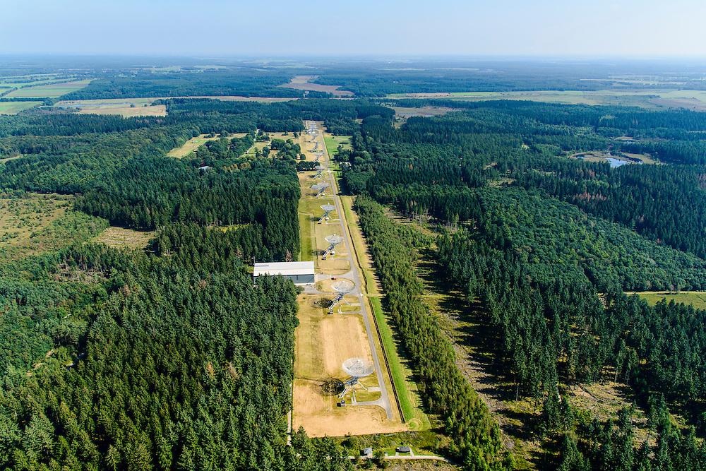 Nederland, Drenthe, Hooghalen, 23-08-2016; Radiotelescopen (parabolische antennes) van de Radiosterrewacht van ASTRON (Netherlands Institute for Radio Astronomy).<br /> Westerbork Synthesis Radio Telescope (WSRT). Radio telescopes (parabolic antennas) of the ASTRON Radio Observatory.<br /> luchtfoto (toeslag op standard tarieven);<br /> aerial photo (additional fee required);<br /> copyright foto/photo Siebe Swart