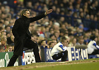 Photo: Aidan Ellis.<br /> Everton v Chelsea. The FA Cup. 28/01/2006.<br /> Chelsea boss Jose Mourinho