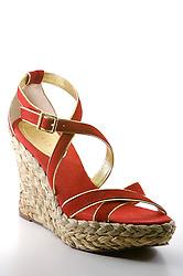 Sapato da marca Ralph Lauren, no Armazém das Fábricas, loja de sapatos em Novo Hamburgo, no Vale dos Sinos, também conhecido como o pólo coureiro calçadista no Rio Grande do Sul. FOTO: Jefferson Bernardes/Preview.com