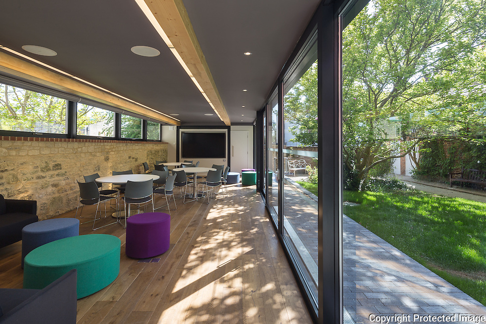Stanford House, Oxford - Refurbishment & Garden Building, 2015. Architect: Berman Guedes Stretton. Engineer: AKS Ward