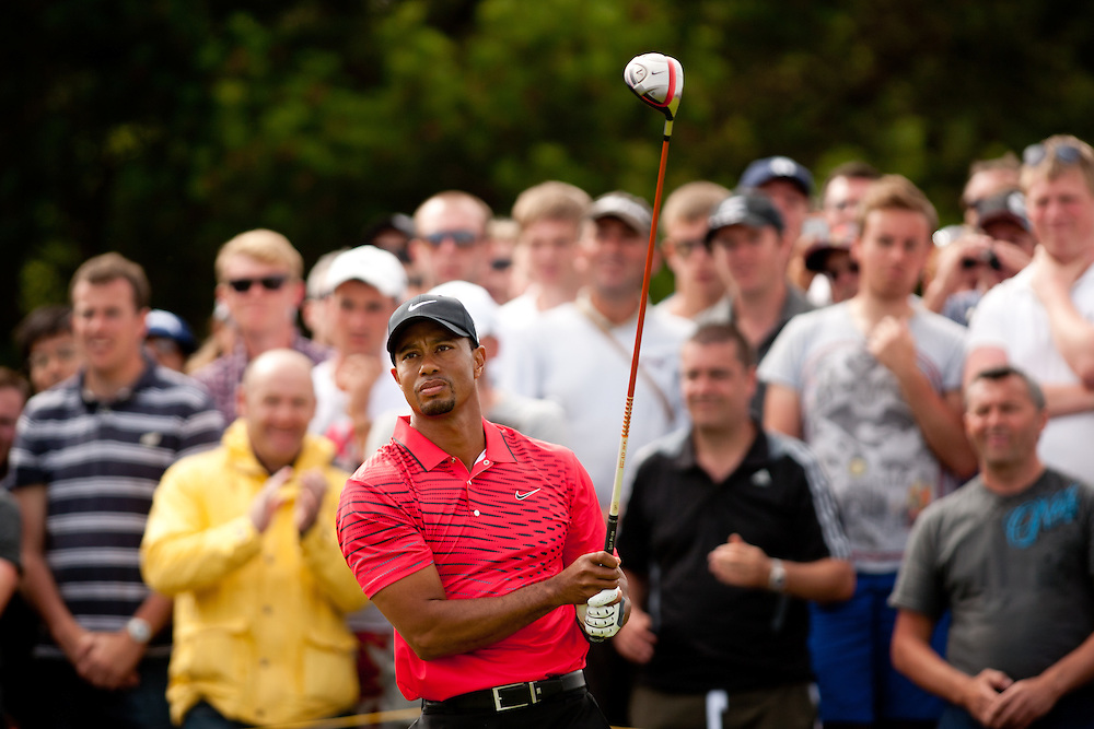 LYTHAM ST. ANNES, ENGLAND - JULY 22:  Tiger Woods plays a tee shot during the final round of the 141st Open Championship at Royal Lytham St Annes Golf Club in in Lytham St. Annes, England on July 22, 2012. (Photograph ©2012 Darren Carroll) *** Local Caption *** Tiger Woods