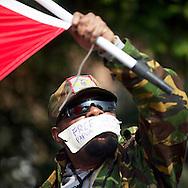 Foto: Gerrit de Heus. Den Haag. 02-04-14. Ongeveer twintig mensen demonstreerden bij de Indonesische ambassade voor vrijlating van politieke gevangenen in West-Papoea.