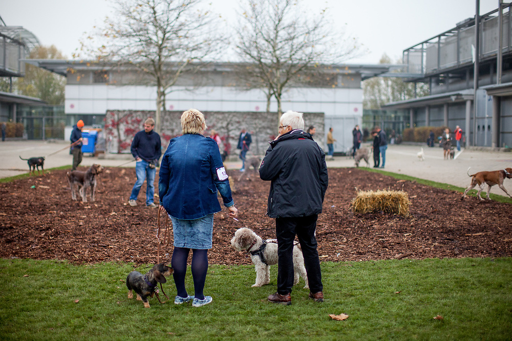 Open air toilette and smoking area at the Leipzig Trade Fair for the participants of the World Dog Show 2017. Over 31,000 dogs from 73 nations will come together from 8-12 November 2017 in Leipzig for the biggest dog show in the world.