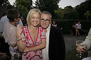 MARIELLA FROSTROP AND DAMIEN HIRST, The Summer Party sponsored by Yves St. Laurent. Serpentine Gallery. 11 July 2006. . ONE TIME USE ONLY - DO NOT ARCHIVE  © Copyright Photograph by Dafydd Jones 66 Stockwell Park Rd. London SW9 0DA Tel 020 7733 0108 www.dafjones.com