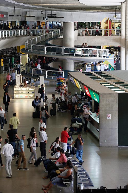 Confins_MG, 05 de marco de 2013.<br /> <br /> FAQUINI<br /> <br /> Aeroporto Internacional Tancredo Neves (Confins). <br /> <br /> Foto: RODRIGO LIMA / NITRO