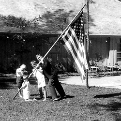 HS602   The Bush children play in the yard of their home in Midland, TX (R to L George W., Jeb, Marvin (kneeling), and Neil),<br /> 01 Oct 60.<br /> Photo Credit:  George Bush Presidential Library