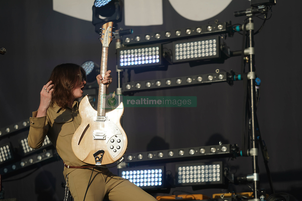 Tom Ogden of Blossoms performing live on the Main Stage at the 2017 Reading Festival. Photo date: Sunday, August 27, 2017. Photo credit should read: Richard Gray/EMPICS Entertainment