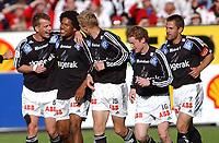 Fotball Tippeligaen 16.03.06, Rosenborg - Odd Grenland 1-1<br /> Odd-spillerne jubler med målscorer Olof Hvidén-Watson<br /> Foto: Carl-Erik Eriksson, Digitalsport