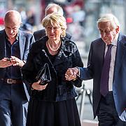 NLD/Amsterdam/20171014 - Besloten erdenkingsdienst overleden burgemeester Eberhard van der Laan, Frits Goldschmeding en partner