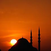 Silhouette of the Süleymaniye Camii (Suleymaniye Mosque) in Istanbul, Turkey.