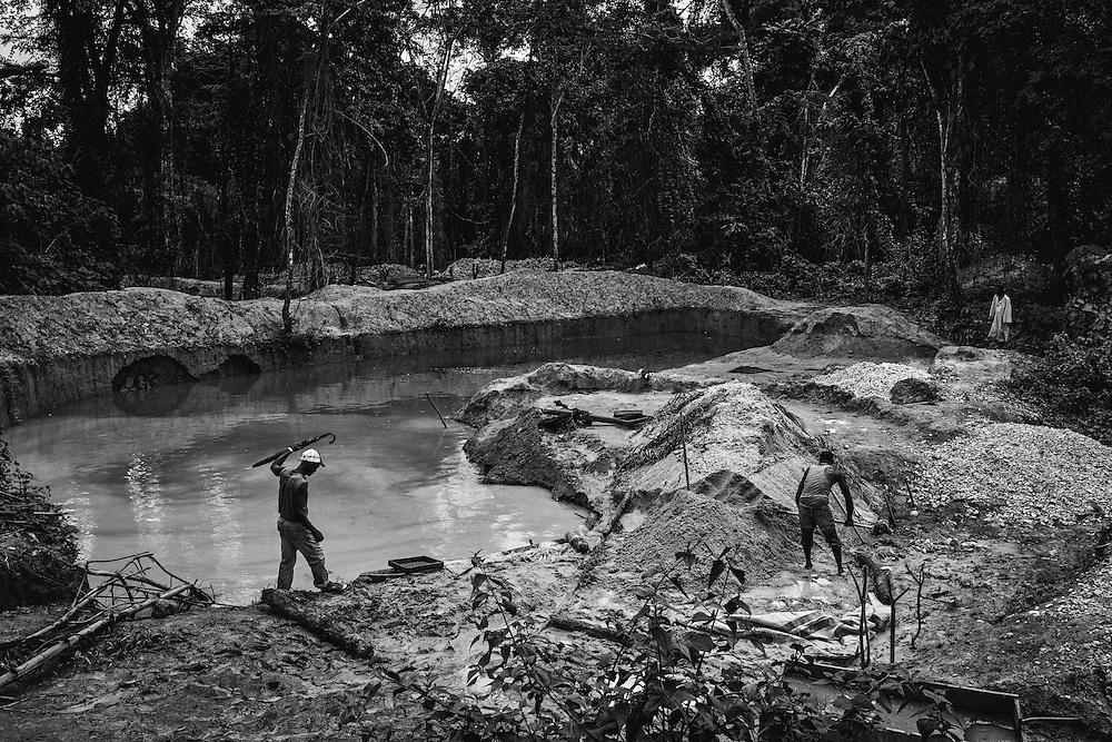 Diamond Miners. John Logan Town, Liberia