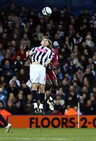 Photo: Mark Stephenson/Sportsbeat Images.<br /> West Bromwich Albion v Scunthorpe United. Coca Cola Championship. 29/12/2007.Zaltan Gera wins the ball