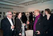 GERRY FARRELL; LADY LIZA CAMPBELL; RICHARD YOUNG; ARI ASHLEY, The Way We Wore.- Photographs of parties in the 70's by Nick Ashley. Sladmore Contemporary. Bruton Place. London. 13 January 2010. *** Local Caption *** -DO NOT ARCHIVE-© Copyright Photograph by Dafydd Jones. 248 Clapham Rd. London SW9 0PZ. Tel 0207 820 0771. www.dafjones.com.<br /> GERRY FARRELL; LADY LIZA CAMPBELL; RICHARD YOUNG; ARI ASHLEY, The Way We Wore.- Photographs of parties in the 70's by Nick Ashley. Sladmore Contemporary. Bruton Place. London. 13 January 2010.