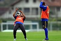 20090603: TERESOPOLIS, BRAZIL - Brazil National Team preparing match against Uruguay. In picture: Robinho and Luiz Fabiano. PHOTO: CITYFILES