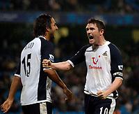 Photo: Jed Wee.<br /> Manchester City v Tottenham Hotspur. The Barclays Premiership. 04/01/2006.<br /> <br /> Tottenham's Robbie Keane (R) celebrates his goal.