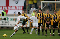 Photo: Marc Atkins.<br />Boston United v Hereford United. Coca Cola League 2. 25/11/2006. Alex Jeannin takes an early free kick for Hereford.