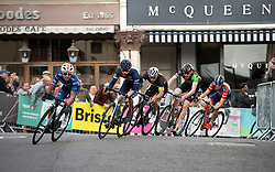 © Licensed to London News Pictures.  19/08/2017; Bristol, UK. Bristol Cycling Grand Prix 2017 takes place on a course through roads in the city centre. Picture of the Mens Elite race which was won by Rory Townsend, with Fred Scheske in 2nd place and Joshua Price in 3rd. Picture credit : Simon Chapman/LNP