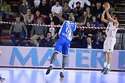 DESCRIZIONE : Roma Lega serie A 2013/14 Acea Virtus Roma Banco Di Sardegna Sassari<br /> GIOCATORE : lorenzo d ercole<br /> CATEGORIA : tiro tre punti controcampo<br /> SQUADRA : Acea Virtus Roma<br /> EVENTO : Campionato Lega Serie A 2013-2014<br /> GARA : Acea Virtus Roma Banco Di Sardegna Sassari<br /> DATA : 22/12/2013<br /> SPORT : Pallacanestro<br /> AUTORE : Agenzia Ciamillo-Castoria/ManoloGreco<br /> Galleria : Lega Seria A 2013-2014<br /> Fotonotizia : Roma Lega serie A 2013/14 Acea Virtus Roma Banco Di Sardegna Sassari<br /> Predefinita :