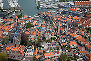 Nederland, Noord-Holland, Waterland, 28-04-2010; Monnickendam met haven en jachthaven..luchtfoto (toeslag), aerial photo (additional fee required).foto/photo Siebe Swart