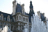 Fountains at Hotel de Ville, Paris, France<br />