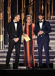 Josh Dallas, Cam, Cole Swindell bei den 50. Country Music Awards in Nashville / 021116<br /> <br /> *** Country Music Awards 2016, Nashville, USA, November 2, 2016 ***