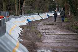 © Licensed to London News Pictures. 01/02/2021. Weybridge, UK. Flood defences installed along the river Thames at Weybridge in Surrey. Extra precaution is being taken because In 2014 Weybridge and the surrounding area was badly hit by flooding. Photo credit: Ben Cawthra/LNP
