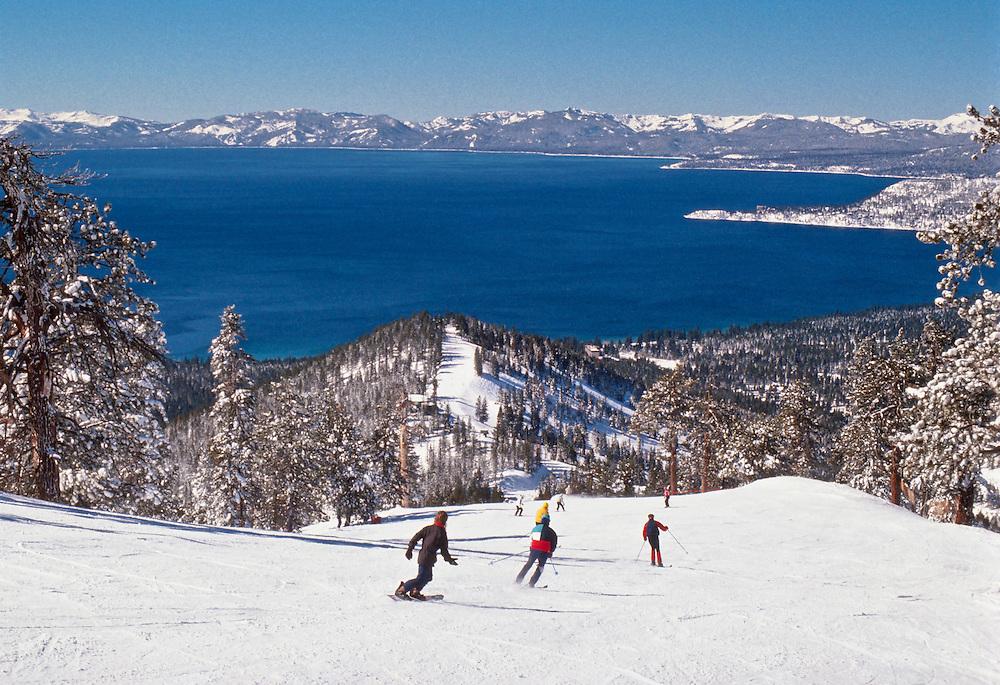Diamond Peak Powder Skiing