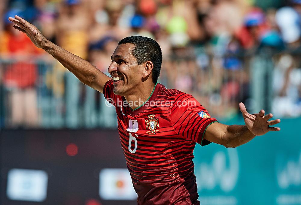 Portugal's Alan in action during the Euro Beach Soccer League 2016 in Sanxenxo. (Photo by Manuel Queimadelos)