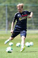 Fotball<br /> Nederland<br /> Treningsleir Ajax<br /> Neustift Østerrike<br /> 02.07.2013<br /> Foto: Gepa/Digitalsport<br /> NORWAY ONLY<br /> <br /> Niederlaendische Eredivisie, AFC Ajax Amsterdam, Trainingslager. <br /> <br /> Bild zeigt Christian Poulsen (Ajax)