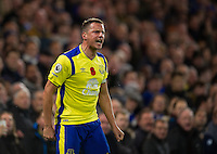 Everton's Phil Jagielka angered by Referee Robert Madley for not awarding a free kick<br /> <br /> Photographer Ashley Western/CameraSport<br /> <br /> The Premier League - Chelsea v Everton - Saturday 5th November 2016 - Stamford Bridge - London<br /> <br /> World Copyright © 2016 CameraSport. All rights reserved. 43 Linden Ave. Countesthorpe. Leicester. England. LE8 5PG - Tel: +44 (0) 116 277 4147 - admin@camerasport.com - www.camerasport.com