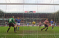 Photo: Andrew Unwin.<br />Sunderland v Ipswich Town. Coca Cola Championship. 13/01/2007.<br />Sunderland's David Connolly (R) scores his team's first goal.