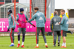 14.03.2019, Säbener Strasse, Muenchen, GER, 1. FBL, FC Bayern Muenchen vs 1. FSV Mainz 05, Training, im Bild v.l. Alphonso Davies (FC Bayern), Thomas Müller (FC Bayern), Leon Goretzka (FC Bayern), CO Trainer Perter Hermann (FC Bayern), Joshua Kimmich (FC Bayern) // during a trainings session before the German Bundesliga 26th round match between FC Bayern Muenchen and 1. FSV Mainz 05 at the Säbener Strasse in Muenchen, Germany on 2019/03/14. EXPA Pictures © 2019, PhotoCredit: EXPA/ Lukas Huter