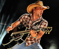 NASHVILLE, TN - JUNE 07:  Jason Aldean performs during the 2012 CMA Music Festival on June 7, 2012 in Nashville, Tennessee.  (Photo by Frederick Breedon IV)  Photo © Frederick Breedon. All rights reserved. Unauthorized duplication prohibited.