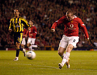 Photo. Jed Wee. Digitalsport<br /> Manchester United v Fenerbahce SK, UEFA Champions League, 28/09/2004.<br /> Manchester United debutant Wayne Rooney strikes.