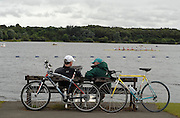 Motherwell, SCOTLAND. mid course area, coaches confer! at the  2007 FISA U23 [Senior B] World Championship Regatta, Strathclyde Country Park.  25/07/2007 [Mandatory credit Peter Spurrier/ Intersport Images].
