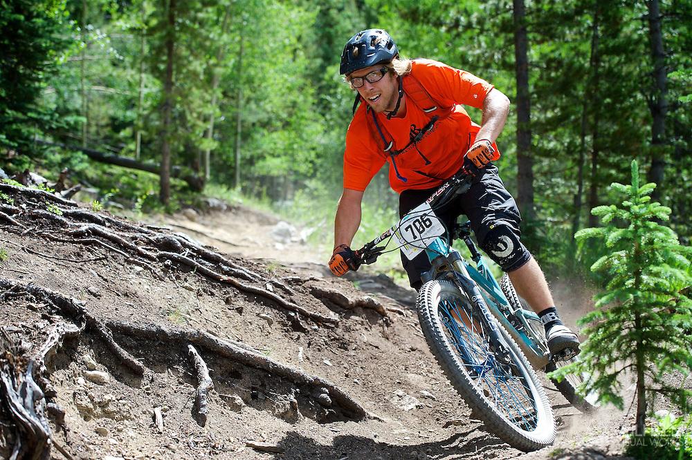 Phil Cowan competes in Stage 3 of the Keystone Big Mountain Enduro in Keystone, CO. ©Brett Wilhelm