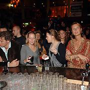 NLD/Amsterdam/20061108 - Uitreiking ' Cosmo-vrouw van het jaar 2006 ', toeschouwers