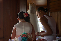 Jen and Tony's Wedding Day.  Getting Ready.  York, Maine.  ©2015 Karen Bobotas Photographer