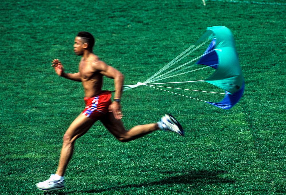 Sprinter doing resistence training.