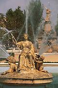 SPAIN, LA MANCHA, ARANJUEZ Royal Palac; gardens and cottage