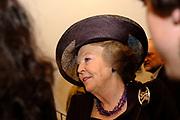 Presentatie DVD Europe is Us aan de Koningin op het Marnix College in Ede. De DVD gaat over Europa en is gemaakt door leerlingen van het Marnix College.<br /> <br /> <br /> <br /> Presentation Europe is Us DVD to Queen Beatrix on the Marnix College School in Ede. THe DVD is made by students of the Marnix College and has as subject Europe.<br /> <br /> <br /> <br /> Op de foto/ On the photo:<br /> <br /> <br /> <br />  Koningin Beatrix / Queen Beatrix