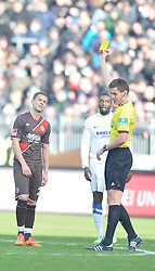 Football: Germany, 2. Bundesliga, 15.02.2014<br />yellow card for Sebastian Maier (FC St. Pauli, #29)<br />© pixathlon