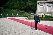 Il cerimoniale prima dell'incontro a Villa Madama tra Il Presidente degli Stati Uniti d'America, in visita ufficiale in Italia e il Presidente del Consiglio Matteo Renzi . Roma, 27 Marzo, 2014.<br /> Christian Mantuano / OneShot