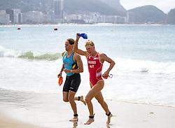 20.08.2016, Fort Copacabana, Rio de Janeiro, BRA, Rio 2016, Olympische Sommerspiele, Triathlon, Damen, im Bild Katrien Verstuyft (BEL), Julia Hauser (AUT) // Katrien Verstuyft of Belgium Julia Hauser of Austria during the Womens Triathlon of the Rio 2016 Olympic Summer Games at the Fort Copacabana in Rio de Janeiro, Brazil on 2016/08/20. EXPA Pictures © 2016, PhotoCredit: EXPA/ Johann Groder