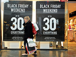 © Licensed to London News Pictures. 28/11/2014<br />  Black Friday shoppers at Bluewater in Kent today (28.11.2014)<br /> (Byline:Grant Falvey/LNP)