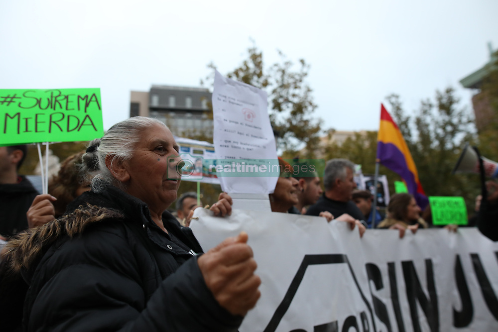 November 10, 2018 - Madrid, Spain - Hundreds of people have gathered in front of the seat of the Supreme Court to protest against the sentence that establishes that the mortgaged pay the tax of legal acts documented on Nov 10, 2018 in Madrid, Spain (Credit Image: © Jesus Hellin/ZUMA Wire)