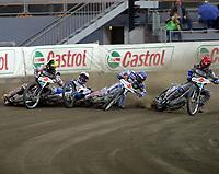 FIM Speedway Grand Prix  2 oktober 2004 ,  VM-finalen  ,  Vikingskipet Hamar Norway<br /> <br /> Rune Holta - NOR unngikk velten i første sving.Ned gikk Rickardsson - SWE  ,  Crump - AUS og  Sullivan - AUS<br /> <br /> Foto:Dagfinn Limoseth - Digitalsport