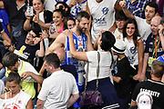 DESCRIZIONE : Campionato 2014/15 Serie A Beko Dinamo Banco di Sardegna Sassari - Grissin Bon Reggio Emilia Finale Playoff Gara4<br /> GIOCATORE : Manuel Vanuzzo<br /> CATEGORIA : Postgame Ritratto Esultanza Tifosi Pubblico Spettatori<br /> SQUADRA : Dinamo Banco di Sardegna Sassari<br /> EVENTO : LegaBasket Serie A Beko 2014/2015<br /> GARA : Dinamo Banco di Sardegna Sassari - Grissin Bon Reggio Emilia Finale Playoff Gara4<br /> DATA : 20/06/2015<br /> SPORT : Pallacanestro <br /> AUTORE : Agenzia Ciamillo-Castoria/GiulioCiamillo