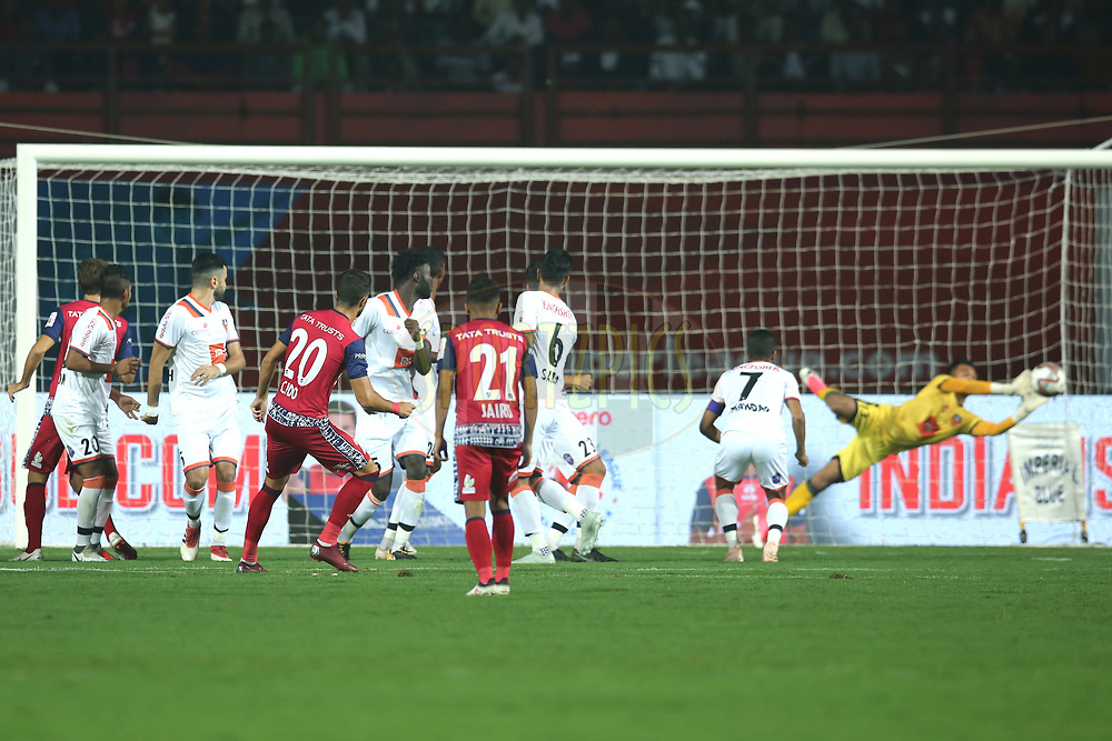 Sergio Cidoncha of Jamshedpur FC takes a free kick  during match 25 of the Hero Indian Super League 2018 ( ISL ) between Jamshedpur FC and FC Goa held at JRD Tata Sports Complex, Jamshedpur, India on the 1st November  2018<br /> <br /> Photo by: Deepak Malik /SPORTZPICS for ISL